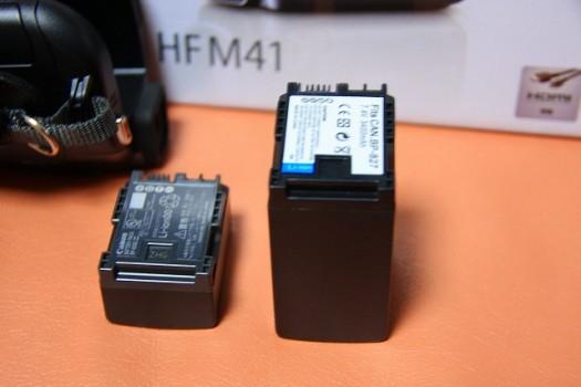 純正バッテリーと互換バッテリー